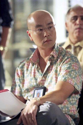 C.S. Lee in una scena dell'episodio Our Father della serie Dexter