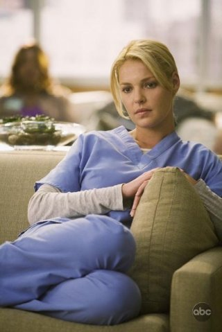 Katherine Heigl in una scena dell'episodio 'Brave New World' della serie Grey's Anatomy