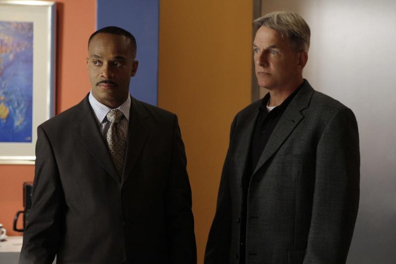 Mark Harmon e Rocky Carrol nell'episodio 'Capitol Offense' della serie tv Navy NCIS