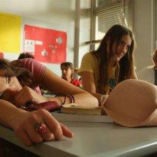 Aura Rolenzetti, Laura Gigante e Francesca Bagnara nel film Albakiara