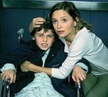 Calista Flockhart in una sequenza del thriller Fragile