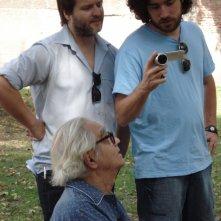 I registi Gastón Duprat e Mariano Cohn sul set del film El artista