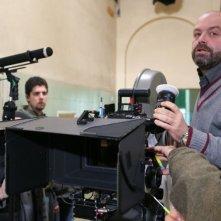 Il regista Giulio Manfredonia sul set del film Si può fare