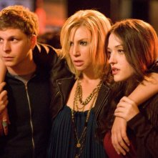 Michael Cera, Ari Graynor e Kat Dennings in una scena del film Nick and Norah's Infinite Playlist