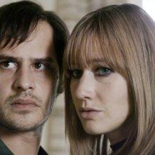 Moritz Bleibtreu e Johanna Wokalek in un'immagine del film La banda Baader Meinhof