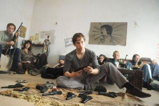 Vinzenz Kiefer in una scena del film La banda Baader Meinhof