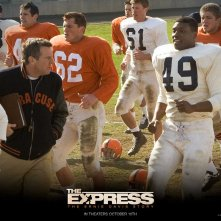 Wallpaper del film The Express con Dennis Quaid e Rob Brown