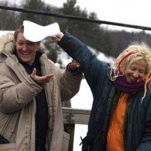 Ingrid Veninger e Simon Reynolds scherzano sul set del film Only
