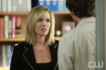 Jennie Garth in una scena dell'episodio Model Behavior di 90210