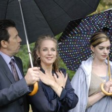 Jerome LePage, Debra Winger e Anne Hathaway in una scena del film Rachel Getting Married