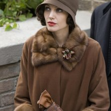 Angelina Jolie in una scena di Changeling diretto da Clint Eastwood