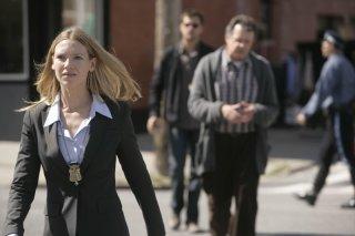 Anna Torv in una scena dell'episodio The Cure di Fringe