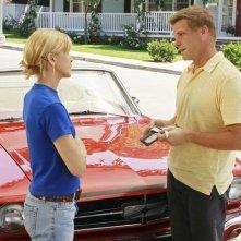 Felicity Huffman e Doug Savant nella serie Desperate Housewives, episodio: Mirror, Mirror