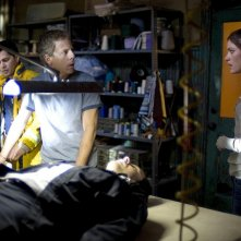 Jay Hernandez, Greg Germann e Jennifer Carpenter in una scena del film Quarantena