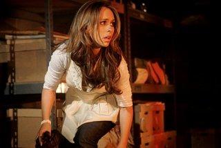 Jennifer Love Hewitt in una sequenza dell'episodio 'Firestarter' del serial Ghost Whisperer