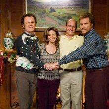 John C. Reilly, Mary Steenburgen, Richard Jenkins e WIll Ferrell in una scena del film Fratellastri a 40 anni