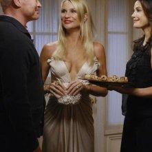 Neal McDonough, Teri Hatcher e Nicollette Sheridan nell'episodio 'Mirror, Mirror' della serie Desperate Housewives