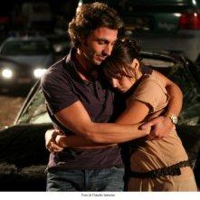 Daniele Liotti e Kasia Smutniak in una sequenza di Scontro di civiltà per un ascensore a Piazza Vittorio
