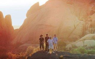 Jerry Ferrara, Kevin Connolly, Adrian Grenier e Kevin Dillon in una scena dell'episodio 'Tree Trippers' della quinta stagione di Entourage