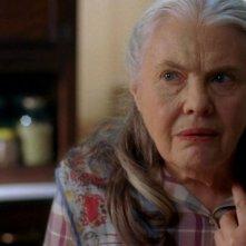 Lois Smith in una scena dell'episodio Sparks Fly Out della serie True Blood