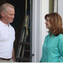 Neal McDonough e Dana Delany nell'episodio 'We're So Happy, You're So Happy' della serie tv Desperate Housewives