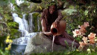 Rutina Wesley in un'immagine dell'episodio Sparks Fly Out della serie True Blood
