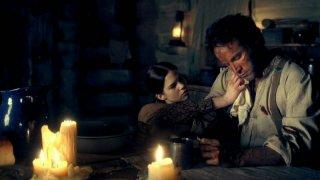 Stephen Moyer in una scena dell'episodio Sparks Fly Out della serie True Blood