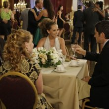 Una serata elegante per Jennifer Love Hewitt e David Conrad nell'episodio Save Our Souls, della serie Ghost Whisperer
