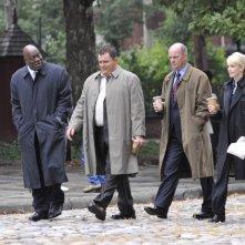 Kathryn Morris, Thom Barry, John Finn e Jeremy Ratchford nell'episodio 'True Calling' della sesta stagione di Cold Case