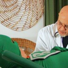 Massimo Bosso nei panni di Capitan Basilico con lo psicologo Enrico Ruggeri