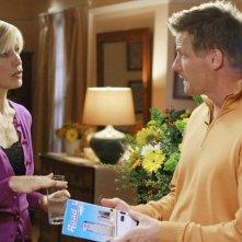 Felicity Huffman con Doug Savant nella serie Desperate Housewives, episodio: Mirror, Mirror