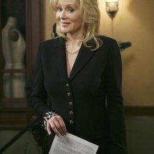Jean Smart  nel ruolo di Rachel nell'episodio 'The Building' della serie Samantha Chi?