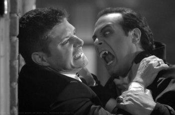 Jensen Ackles e Todd Stashwick faccia a faccia in una scena dell'episodio Monster Movie di Supernatural