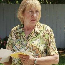 Kathryn Joosten nell'episodio 'Mirror, Mirror' della serie televisiva Desperate Housewives