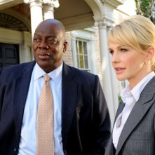 Kathryn Morris insieme a Thom Barry nell'episodio 'Wednesday's Women' della serie tv Cold Case