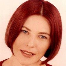 Solange Cousseau in versione rosso fuoco