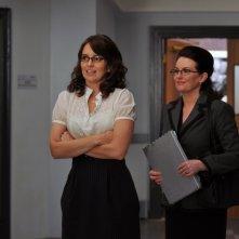 Tina Fey insieme a Megan Mullally nel primo episodio della terza stagione di 30 Rock: 'Do-Over'