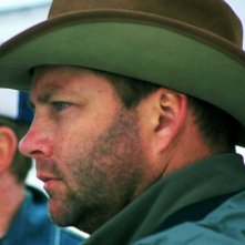 Il regista Christopher N. Rowley sul set del film Quel che resta di mio marito