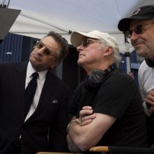 Robert De Niro, il regista Barry Levinson e lo sceneggiatore Art Linson sul set del film What Just Happened?