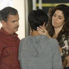 Tony Plana insieme a Ana Ortiz nell'episodio 'Granny Pants' della serie tv Ugly Betty