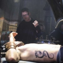 Il regista David Hackl e Joris Jarsky sul set del film Saw V