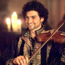 David Alpay in una sequenza della seconda stagione di The Tudors