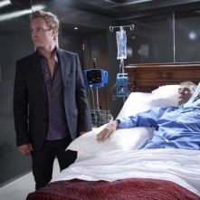 David Anders e Robert Forster in una scena dell'episodio Dying of the Light di Heroes