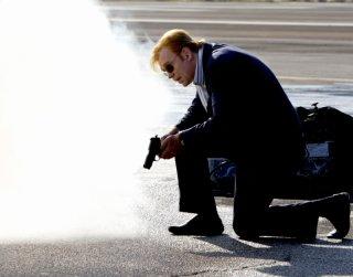 David Caruso durante una scena dell'episodio 'Gone Baby Gone' della settima stagione di CSI Miami