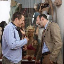 Il regista e attore Dany Boon e Kad Merad sul set del film Giù al nord