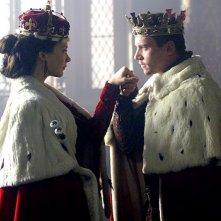 Jonathan Rhys Meyers e Natalie Dormer in un'immagine della seconda stagione del serial I Tudors - Scandali a corte