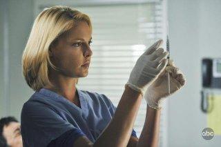 Katherin Heigl in una scena dell'episodio 'Life During Wartime' della serie tv Grey's Anatomy