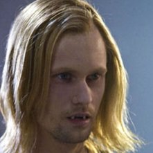 Alexander Skarsgård in un'immagine dell'episodio Burning House of Love della serie True Blood