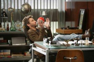 Michael Weston in un momento dell'episodio 'Lucky Thirteen' della serie tv Dr House