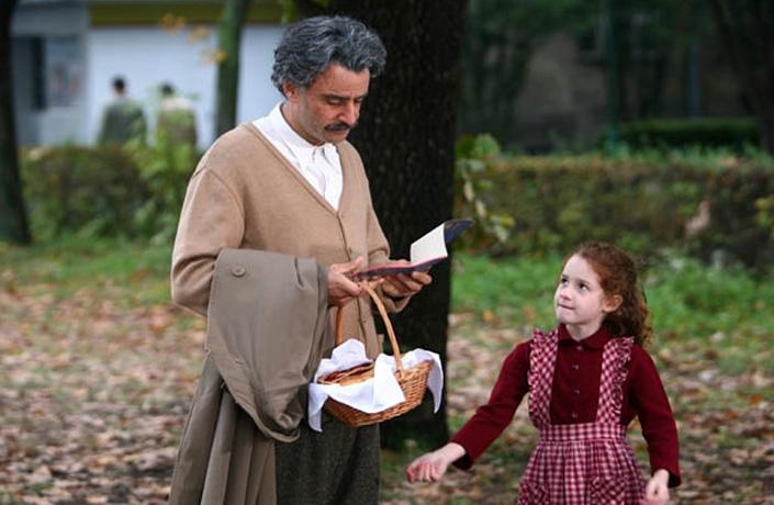 Vincenzo Amato Interpreta Albert Einstein Nella Biopic Televisiva Sullo Scienziato 93820